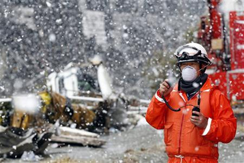 Fukushima-50-Risk-Lives-to-avoid-Nuclear-Disaster-01